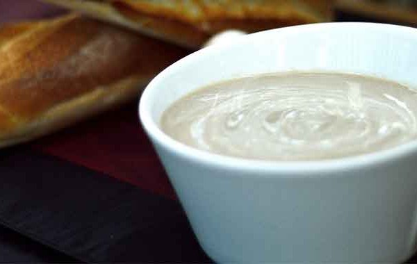 Mushroom thyme soup picture