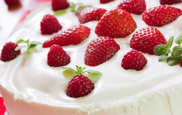 Picture of strawberry cake recipe