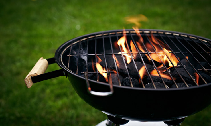 Grill cleaning and maintenance