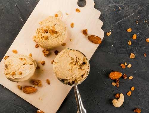 مثلجات بزبدة الفول السوداني