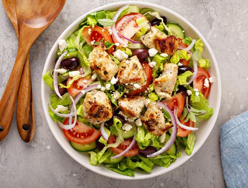 Grilled-Chicken-Salad-with-Raspberry-Vinaigrette